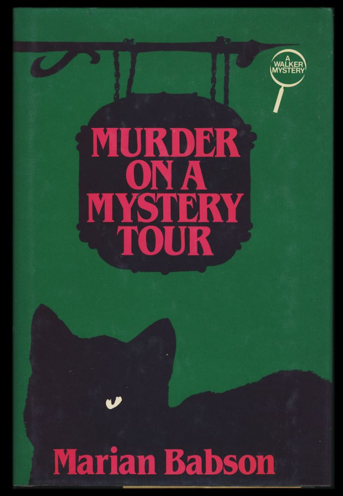 Murder on a Mystery Tour. Marian Babson.