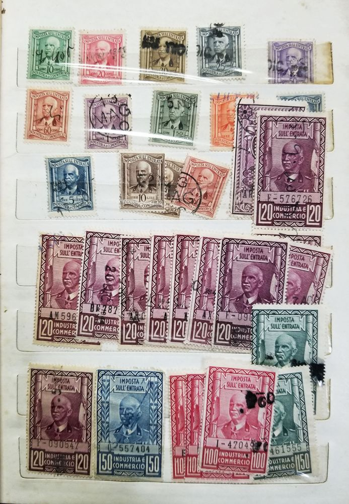 A Collection of Vintage Italian Revenue Stamps. Italy - Revenue Stamps.